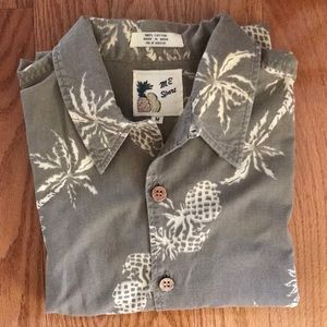 M. E SPORT BUTTON DOWN SHIRT MEDIUM